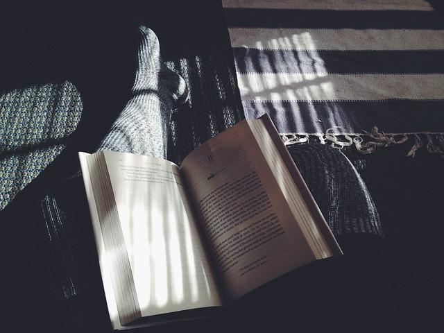 book-1031359_640