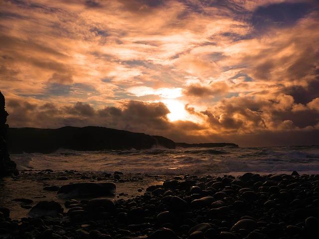 sunset-1553012_640